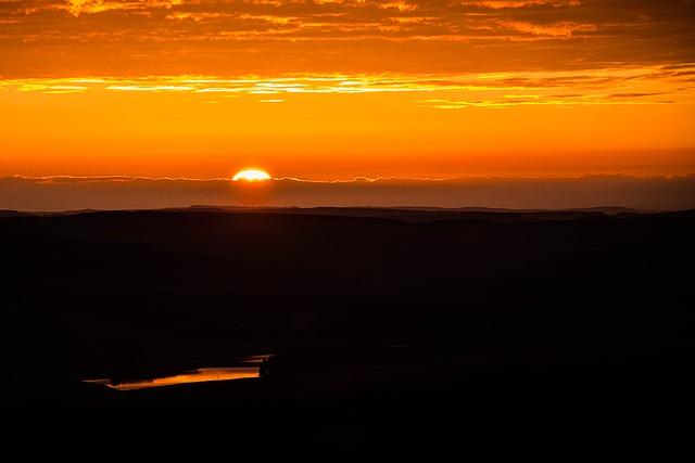 sunrise-1107408_640